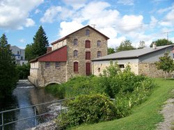 old-stone-mill-national(1)