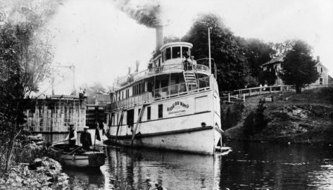 Rideau king steamboat.jpg